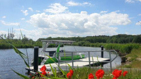 ausflugsfahrt-im-solarboot-auf-der-peene-von-ingo-ernst-abenteuer-peenetal