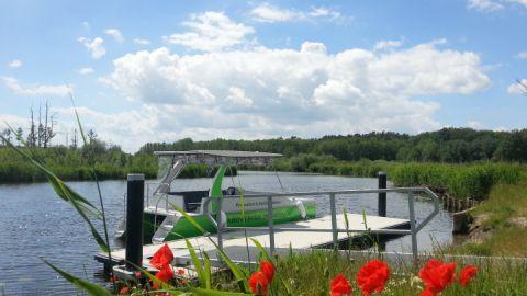 ausflugsfahrt-im-solarboot-auf-der-peene-von-ingo-ernst-abenteuer-peenetal_1